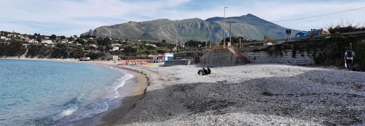 CASTELLAMMARE DEL GOLFO – Guidaloca – Panoramica della pocket beach