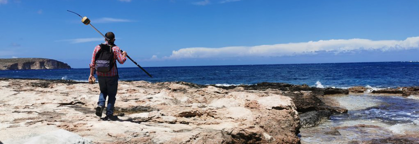 MELLIEHA – ARMIER BAY -LITTLE ARMIER BEACH – Francesco Gregorio si gode il panorama
