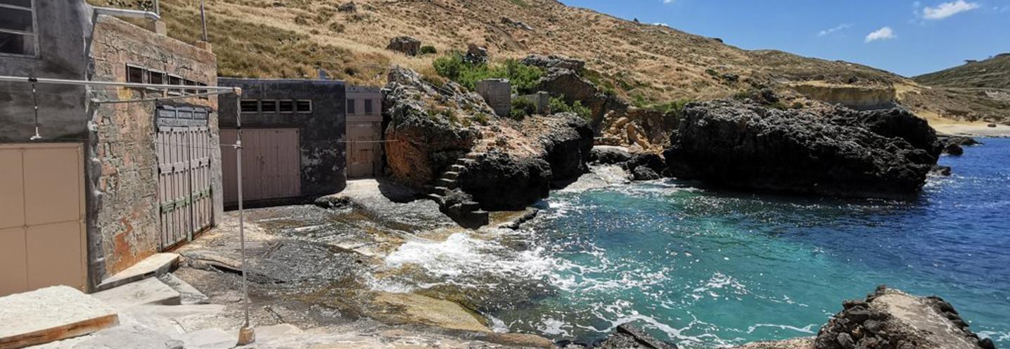 MGARR – GNEJNA BAY – Insenature e strutture antropiche