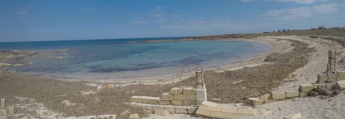NOTO – San Lorenzo Nord – Prospettiva della pocket beach da ovest
