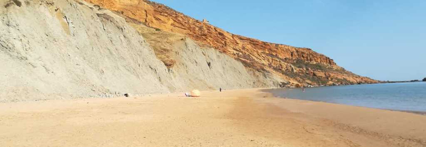 REALMOTE – GIALLONARDO – Spiaggia e falesia retrostante