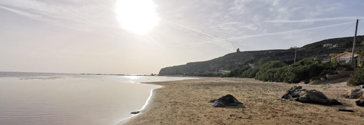REALMOTE – PERGOLE EST – La pocket beach al tramonto