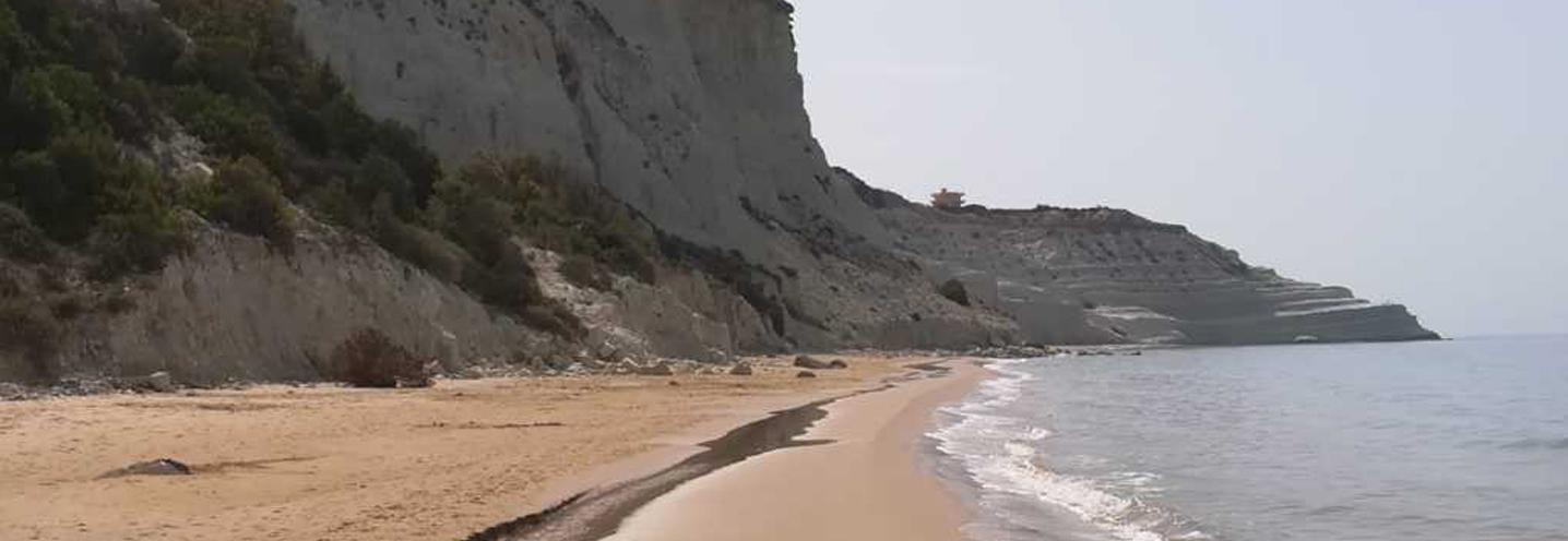 REALMOTE – SCALA DEI TURCHI OVEST – Pocket beach e Scala dei Turchi sullo sfondo