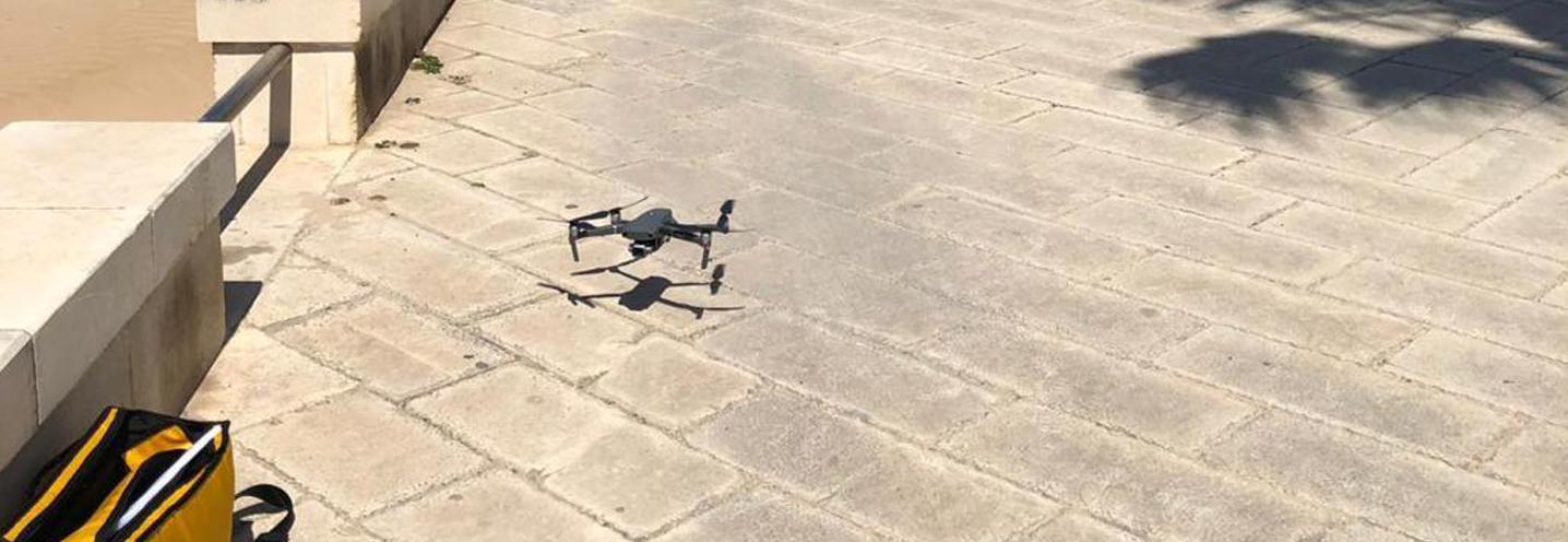SCICLI – Donnalucata ovest porto – Drone in fase di decollo