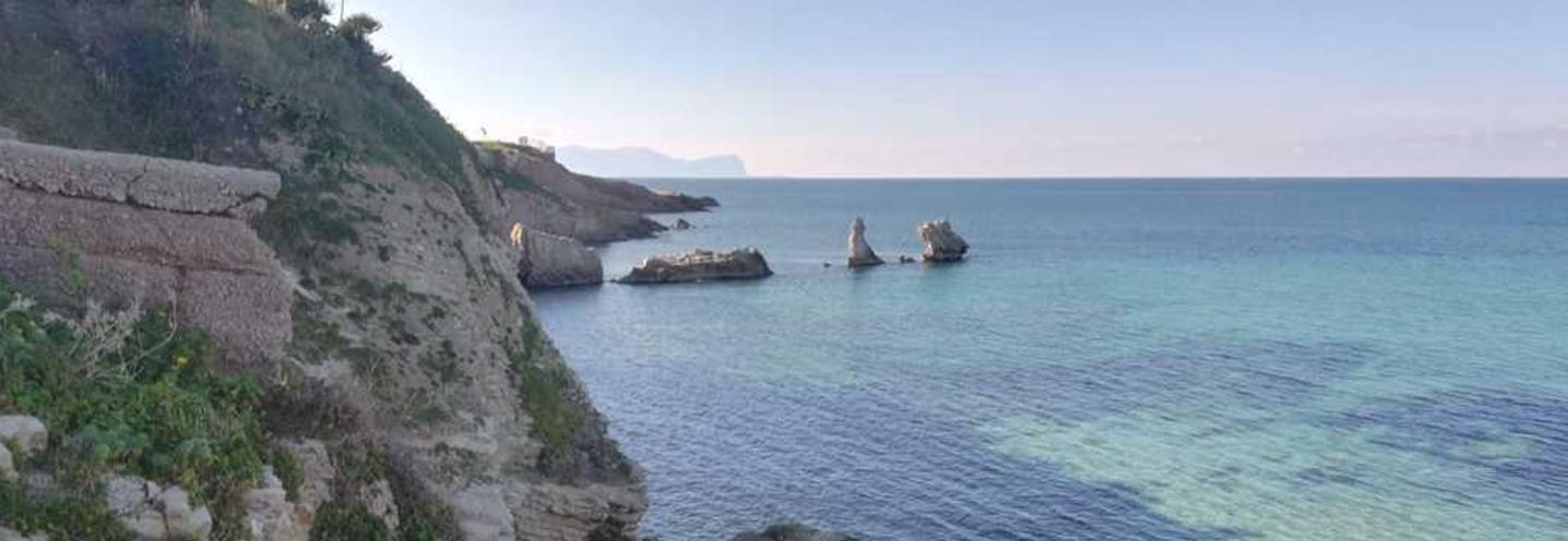 TERRASINI – ovest porto – I faraglioni