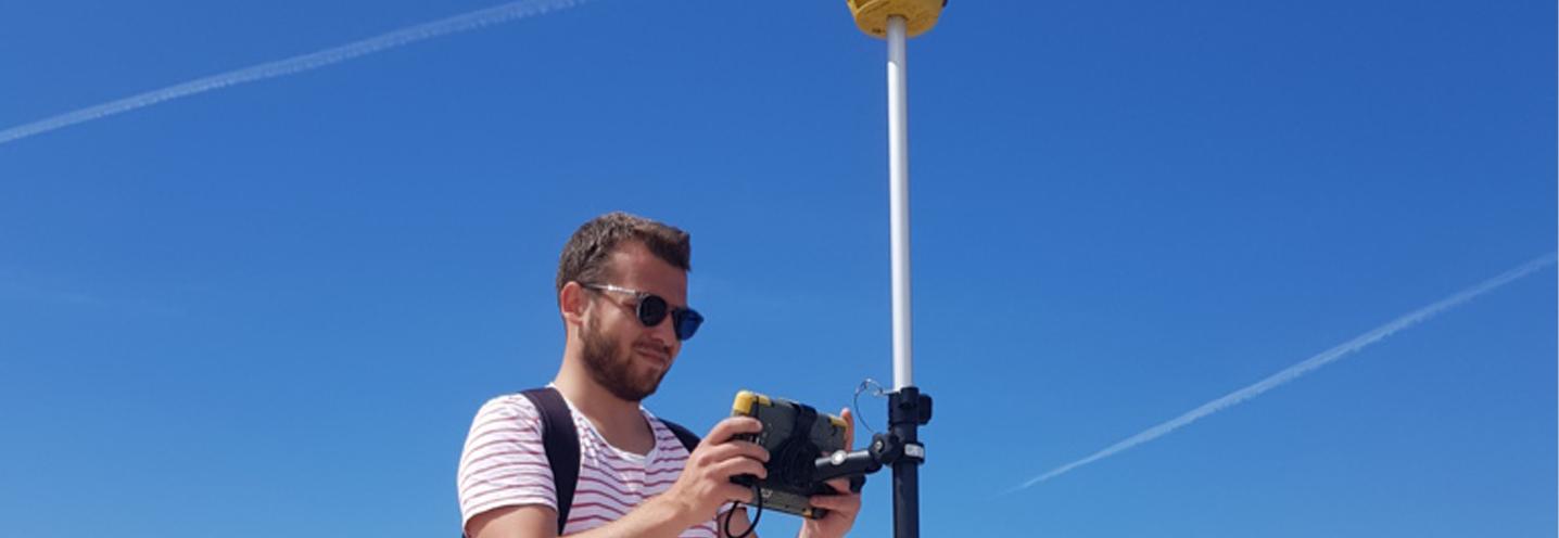 VALDERICE – Cortigliolo – Francesco Gregorio acquisisce i punti GPS
