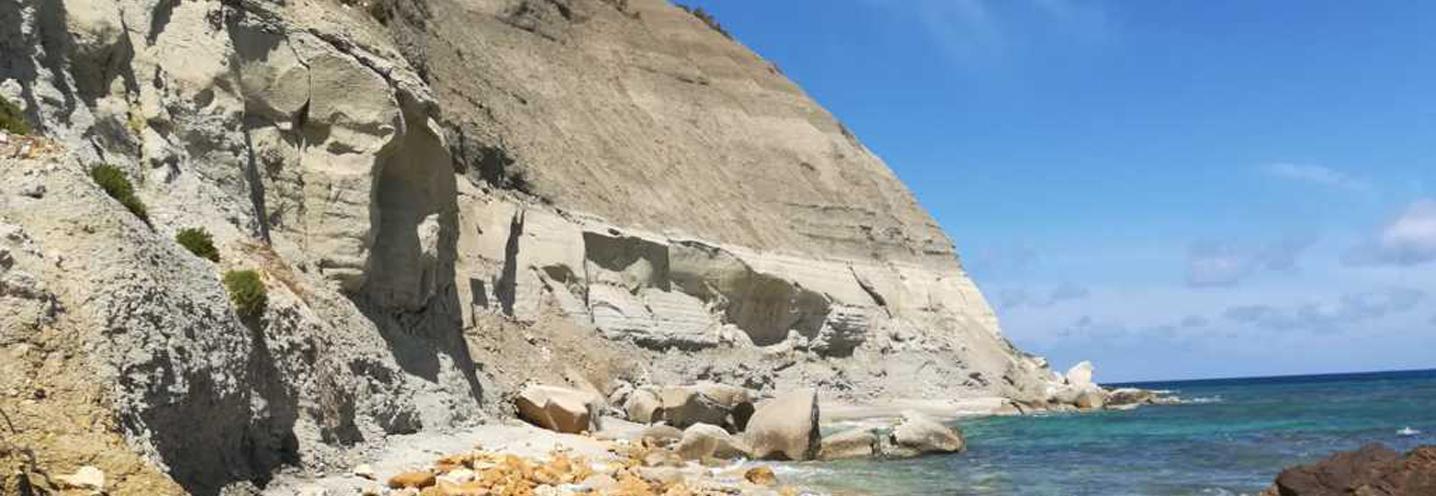 XAGHRA) – RAMLA BAY – Falesia occidentale con annessa microspiaggia