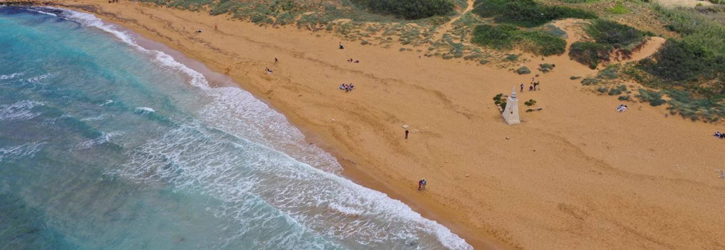 XAGHRA) – RAMLA BAY – Settore orientale della pocket beach (foto da drone)